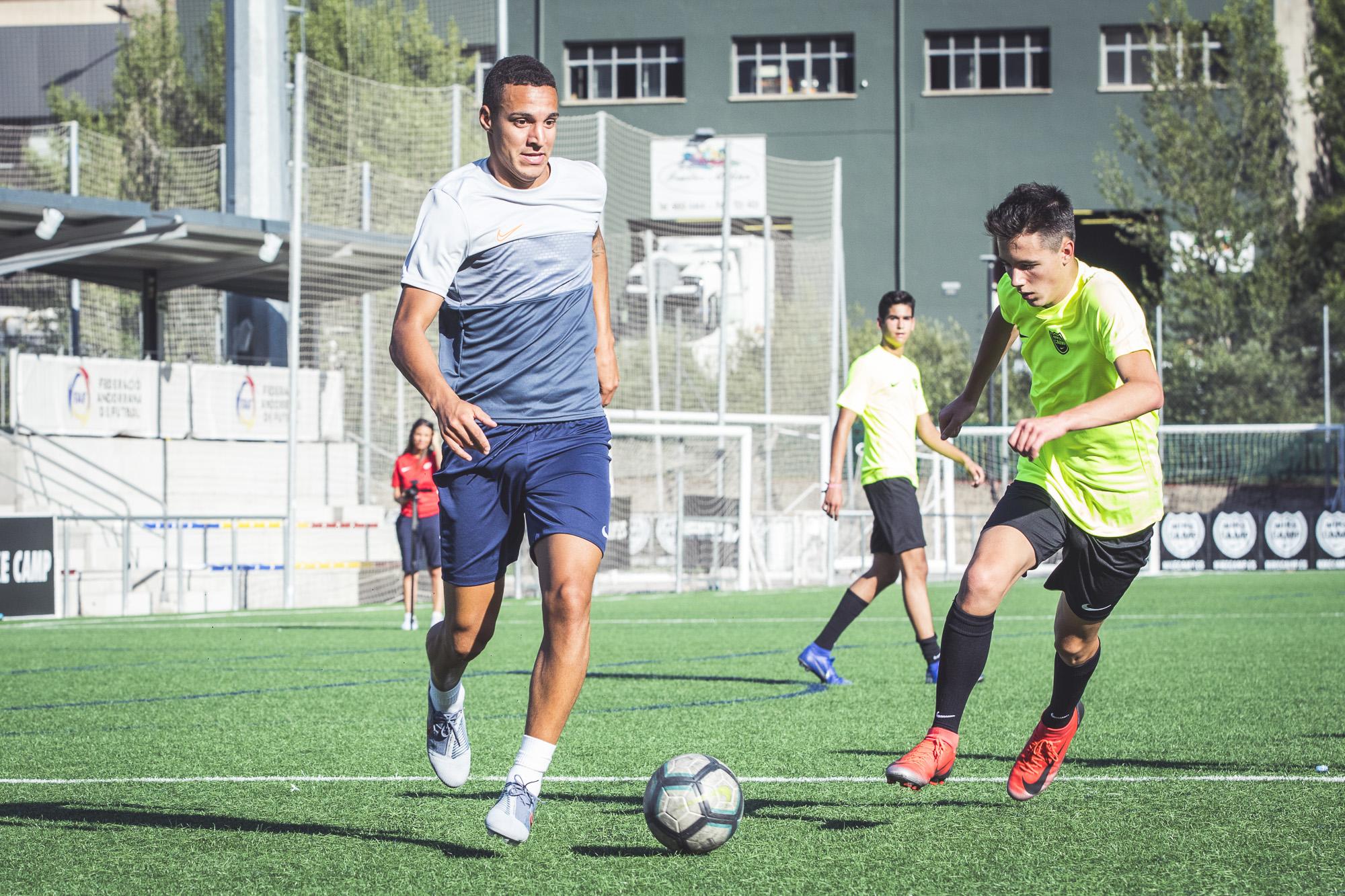 50% rebajado descuento en venta selección especial de Nike Camp | Campus de fútbol, basket y futsal en Andorra